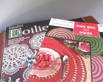 Pair American Thread Co. and Coats and Clark's  1950's Crochet Pattern Books Placemats and Doilies