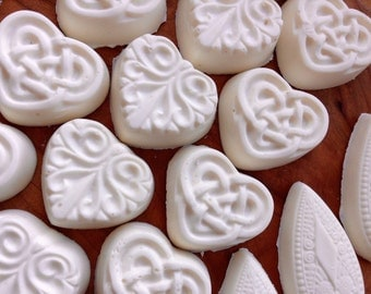 30 Wedding Soap Favors, Celtic  Heart Soaps, 30 Baby Shower Soap Favors ,30 Guest Heart Soaps