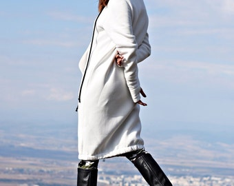NEW 2016 White Extravagant Maxi Hooded Cotton Top/Extra Long YKK Black Matt Zipper/Thumb holes  warm Hoodie/Front Pockets  by AAKASHA A08514