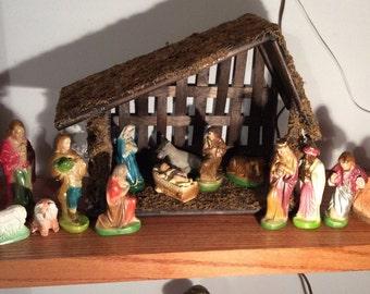 Plaster 17 Figure Nativity Set Nice