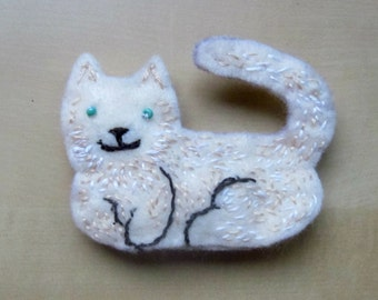 Felt Cat Magnet
