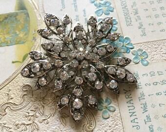 Romantic shaped wedding bridal rhinestone crystals dress floral cake bling sparkling brooch pin