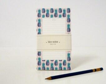 "1 ""Notes"" notepad - 1 bloc-notes ""Notes"""