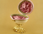 Mauve Floral Wedding/Engagement Ring Jewel Box Goose Egg Hand Decorated