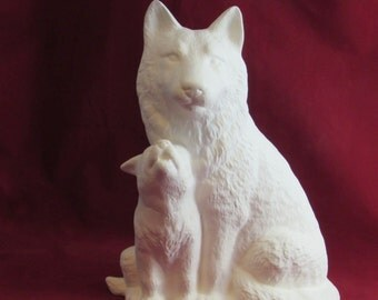 Ceramic Read to Paint Wolf with Cub - 12 inches