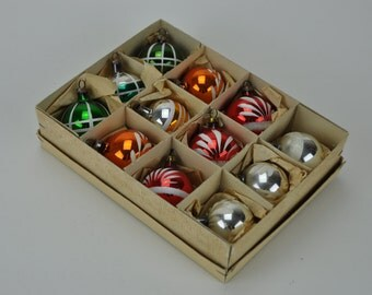 10% OFF One Box of Vintage German Christmas Ornaments. Bulbs. Baubles. Mercury Glass. Set of 12. Christmas. German. Germany.  1022