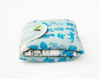 Screen printed changing pad, Apple Blue