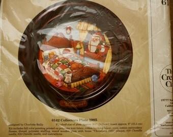 Creative Circle Collectors Plate 6142 Kit  Vintage Christmas 1985 NIP