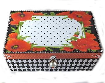 Altered Box, Jewelry Box, Keepsake Box, Decorative Box, Poppies and Harlequin