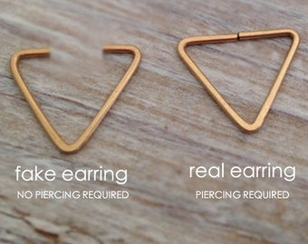 Fake Septum, Fake nose ring, triangle Septum Ring Gold, Gold septum, Septum, chevron septum, Septum Piercing, Septum Nose Ring, Gold Septum