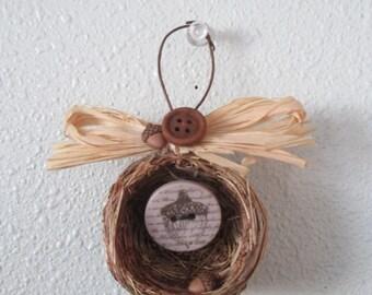 Adorable Birds nest ornament/decoration