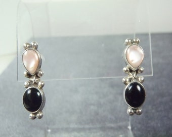 Sterling Silver Mother of Pearl Onyx Pierced Earrings E29