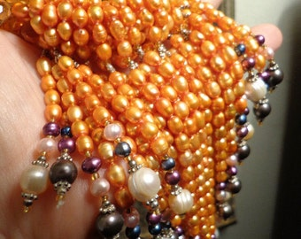 Fabulous Drippy Showy Real pearls and silver Dramatic Bib collar necklace