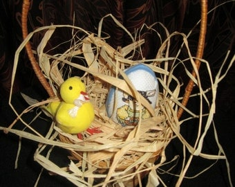 Single Easter Egg Basket with Chick