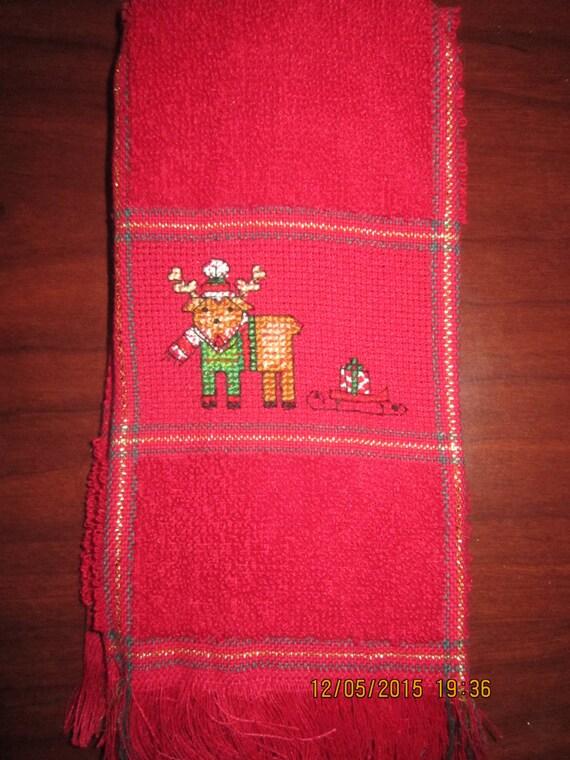 Christmas Fingertip Towels