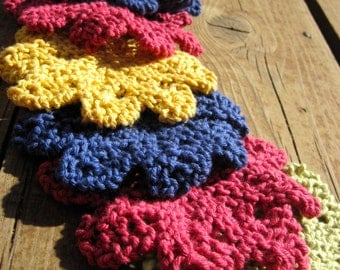 Hand Knit Cotton Washcloth, Flower Shaped Scrubby Mini Size