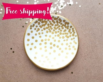 Free shipping, Ring dish,polka dots, engagement gift, bridesmaids gift, hostess gift, bridal shower gift, gift for her, gift for couples