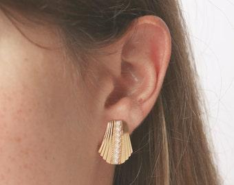 gold earrings- gold studs earrings- pearl earrings- wedding jewelry- bridesmaid earrings- gold fan earrings