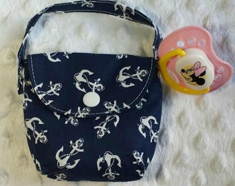 Pacifier Pouch in Navy Blue with Anchors, Pacifier Holder, Paci Bag, Pacifier Pouch, Baby Shower Gift, Diaper Bag Accessory, New Mommy Gift