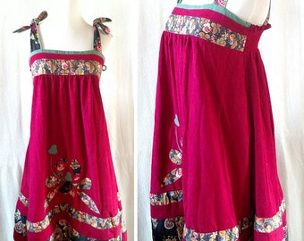 Vintage Boho Maroon and Green Applique 70s Tent Dress. Small