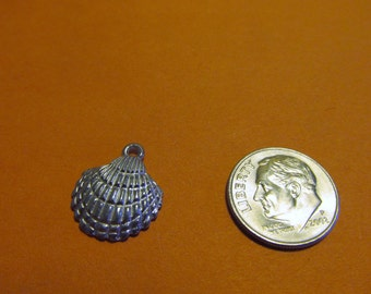 Dozen Pewter Scallop Sea Shell Charms