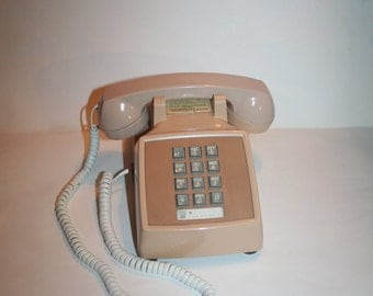 Remember These?  Walk Back in Time!  Vintage 1970s Western Electric Desk Beige Telephone w/ Push Buttons!  Works Great!