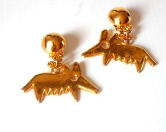 Clip on earrings signed Métal pointus
