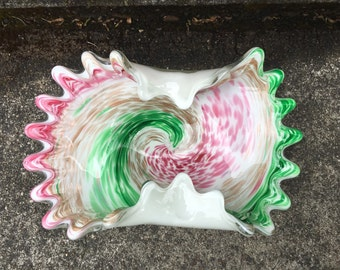 Vintage Blown Folded Glass Ashtray Pink Green Gold Spiral Swirl Scalloped Edges Bowl