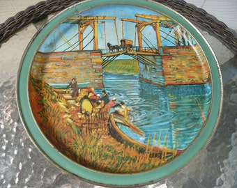 Large Tin With Two Van Gogh Paintings