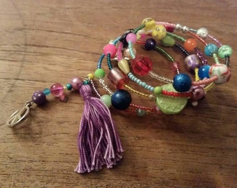 Colorful bracelet memorywire with beads and tassel