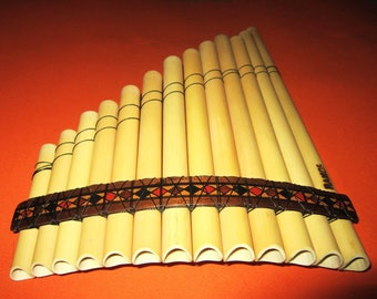 Pan Flute 13 Pipes Standart Size From Peru - Item in USA - Case Included