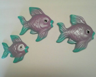 Vintage Style Chalkware Fish Family wall hanger Plaques USA