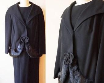 1950s Jackie O Dress Suit // Rare large vintage suit // vintage suit