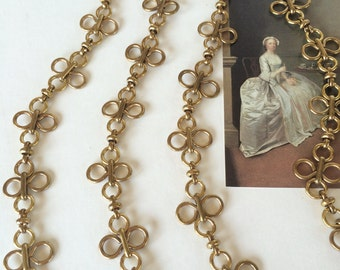 Large Clover Chain, Fancy Brass Chain, 20mm, 2Ft