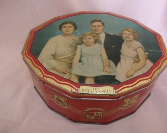 Royal Family Tin George VI Hudson Scott & Sons England