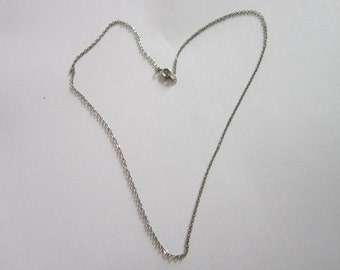 Vintage Silver Tone 18 inch Chain Necklace