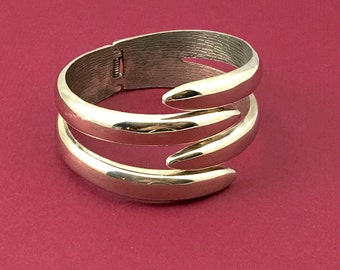 Shiny and Sassy Silver Clapper Bangle Bracelet