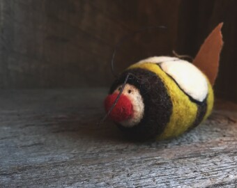 Bumble Bee Rattle, Wool Bee, Needle Felted Toy, Sensory Toy, by wooly topic