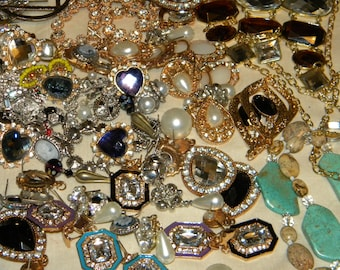 Refurbished jewelry etsy for Wholesale costume jewelry for resale