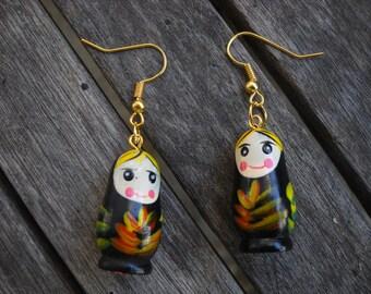 wooden earrings Matrioska, 2 colors