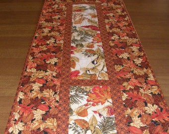 Fall Leaves Quilted Table Runner, Orange Rust Quilt, Thanksgiving Quilted Table Topper, Autumn Leaves Runner, Orange Brown Cream Red Birds
