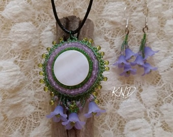 Purple flower, Amethyst bead embroidery pendant and earring set