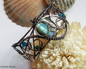 Kuuna- wire wrapped bracelet with labradorite, handmade, copper