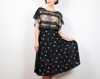 Vintage 70s Dress Black Floral Print Midi Dress Flutter Sleeve Blousson Dress Boho 1970s Dress Hippie Dress Pretty Sundress XS S Extra Small