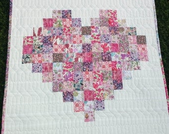 Quilt Liberty of London patchwork heart wallhanging, small quilt - pinks, baby shower, gift