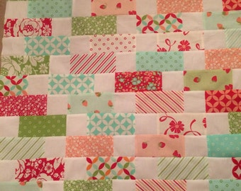 Hello Darling! Table Topper Quilt Top 26x26