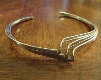 Anniv Sale - Terrific STERLING MODERNIST BRACELET  3-Wire Squiggle ~ Signed! (567)