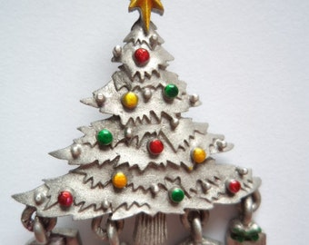 Vintage Signed JJ  Silver pewter Christmas Tree Brooch/Pin