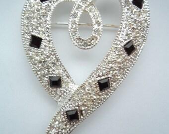Vintage Unsigned Silvertone/Sparkling Ribbon Heart Brooch/Pin