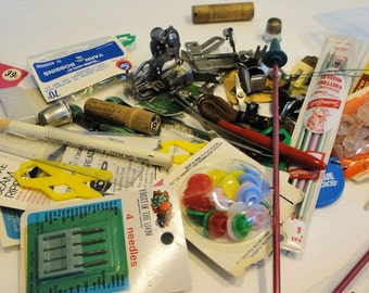 Sewers Delight Crafts Sewing Machine Knitting Accessories Needles & Much More Lot